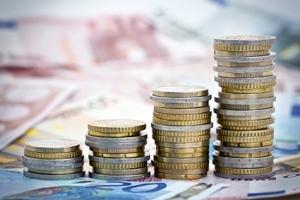 Piles de monnaie en croissance