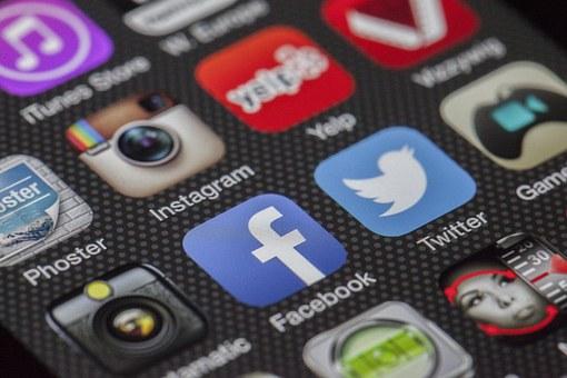 Les notaires «likent-ils» les réseaux sociaux ? (enquête)